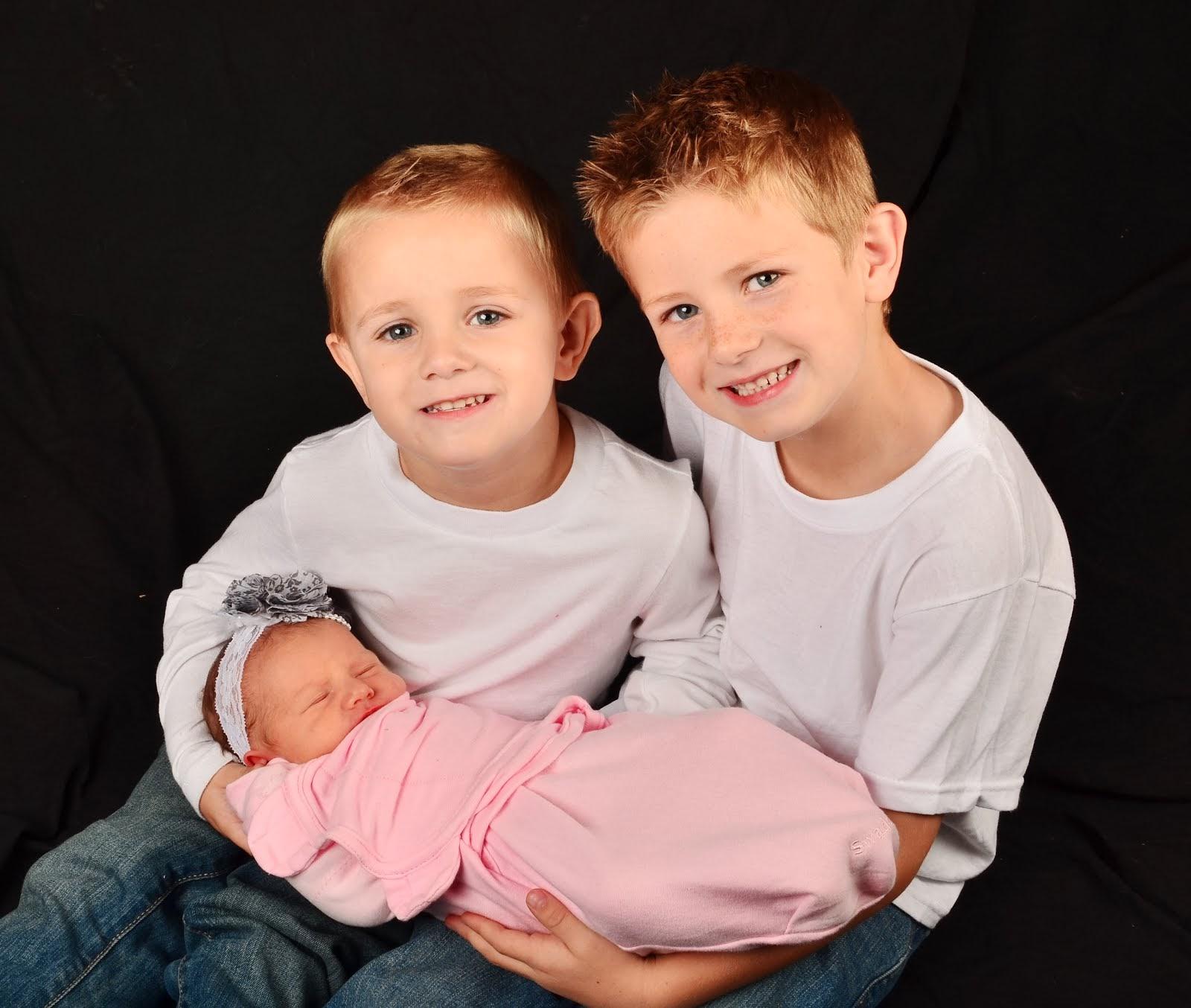 3 Cute Kiddos