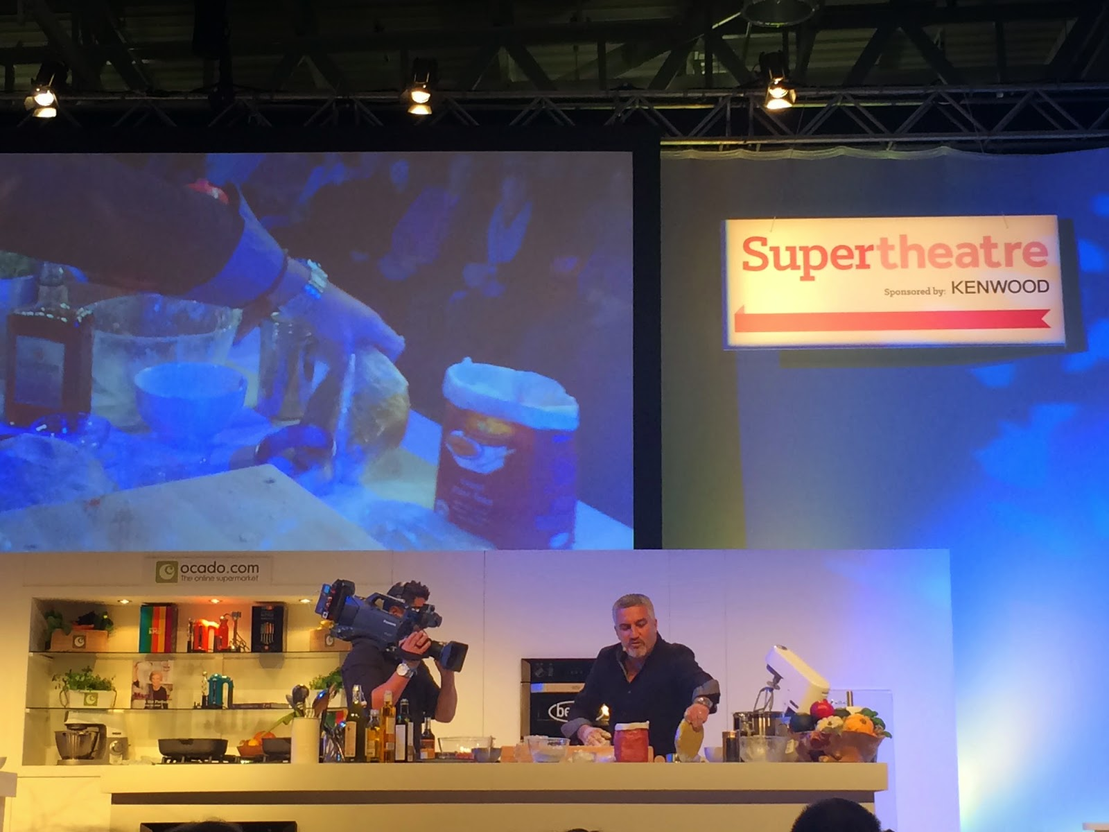 paul hollywood baking demonstration