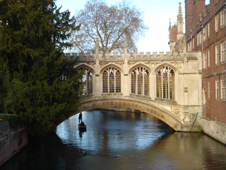 Ponte sobre o rio Cam