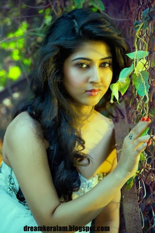 BEAUTIFUL PHOTOS OF KERALA CUTE GIRLS