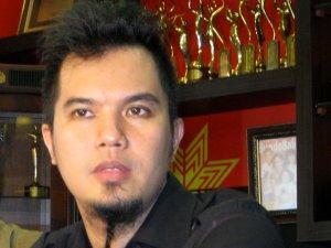 Foto: Ahmad Dhani -- Berita Terbaru Ahmad Dani Tewas