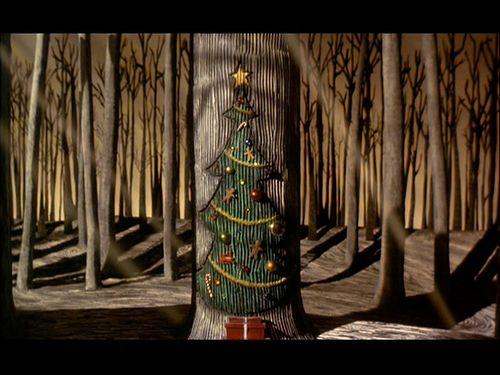 [Ciudad de Navidad] El niño que conoció a Santa [Eliot Lawliet] Pesadilla+Antes+de+Navidad+Puerta+de+la+Navidad
