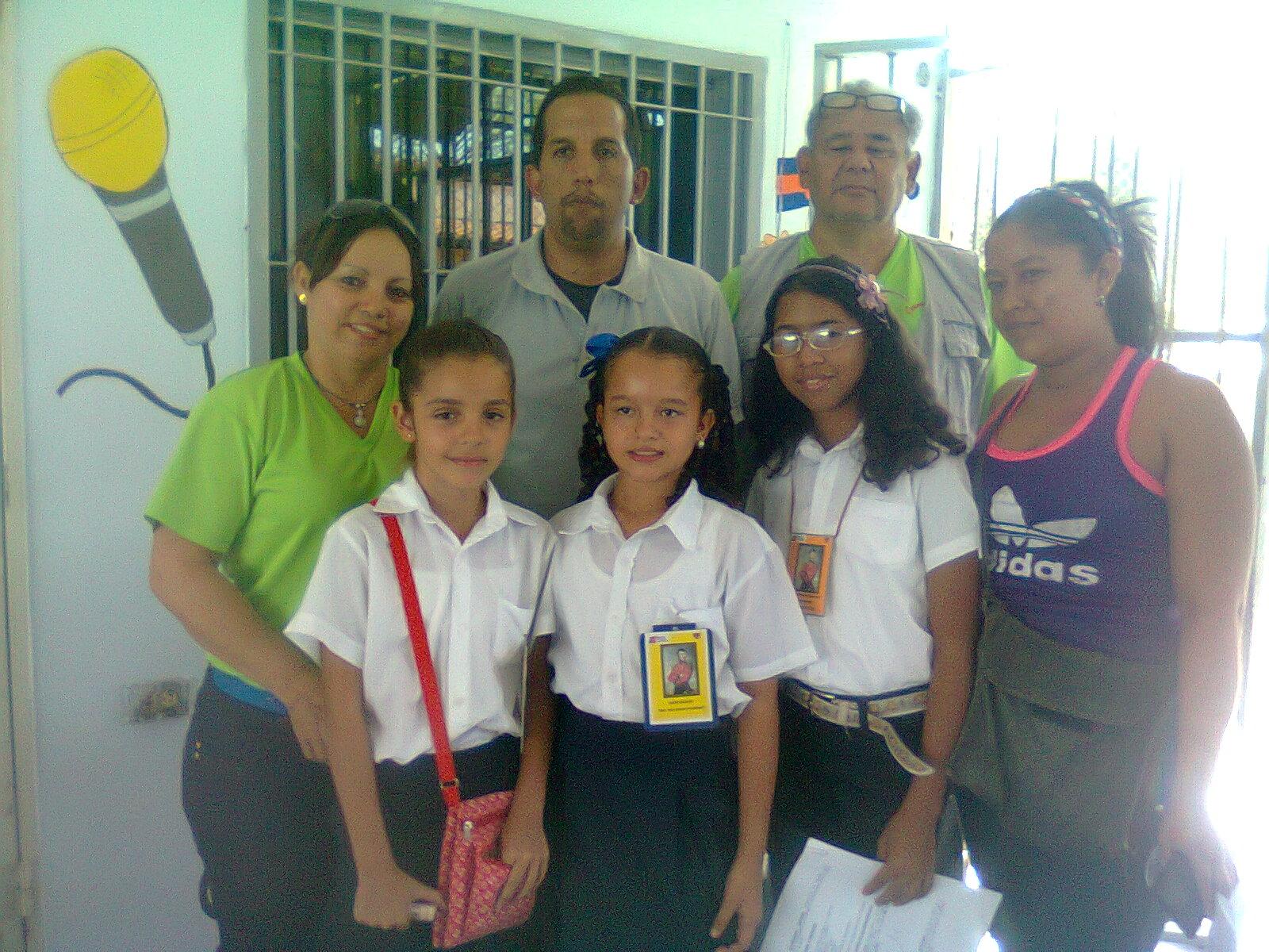 ESTUDIANTES DE OTRAS ESCUELAS