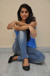 Rashmi Gautam sizzling Pictures 010