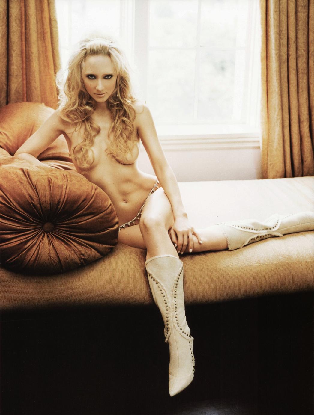http://4.bp.blogspot.com/-HBhTH7cpCLM/T9DNygPTpxI/AAAAAAAANuw/iSOUjO00uv4/s1600/Sexy_Anne_Heche_Desnuda.jpg