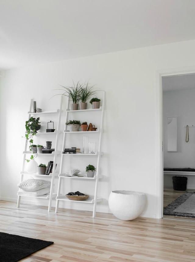 Decorar estantes estanter as y baldas la garbatella for Estanteria plantas interior