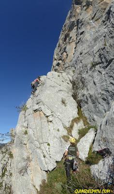 Fatima gil , Vicky Vega escalando en teverga