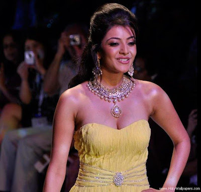 Kajal Aggarwal walked the ramp like a professiona