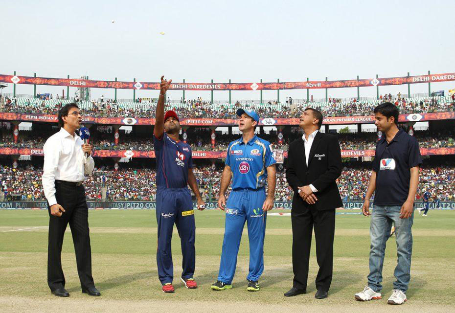 Mahela-Jayawardene-Ricky-Ponting-DD-vs-MI-IPL-2013