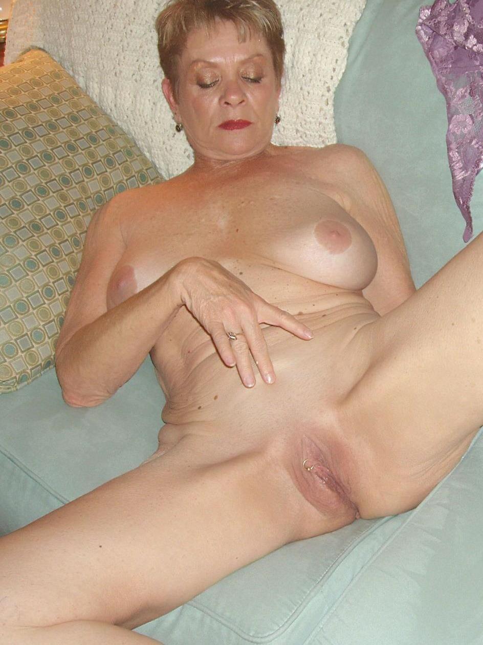 Abuelas Desnudas - Videos Porno de Abuelas Desnudas