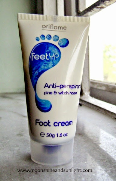 Oriflame feet up pine and witch hazel anti-perspirant foot cream review,price in India