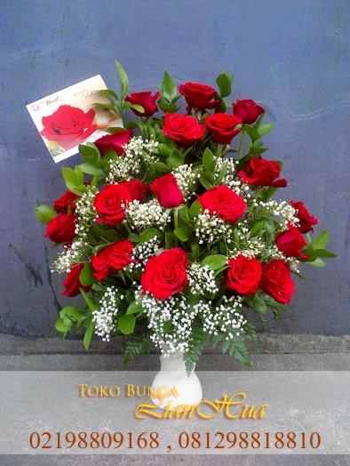 buket bunga mawar merah, bunga ulang tahun, bunga untuk pacar, jual bunga meja, toko bunga di jakarta