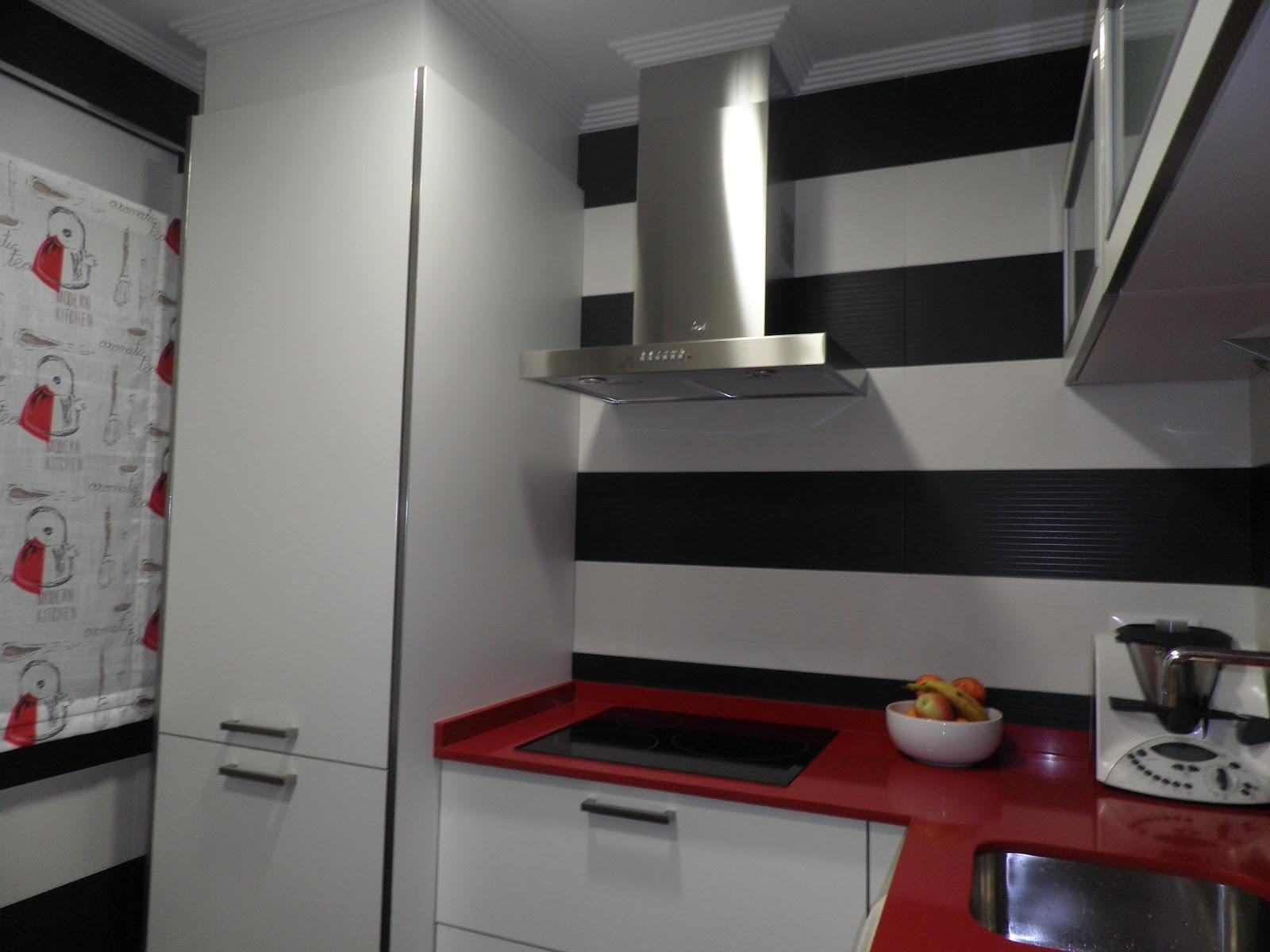 Interiorismo y decoracion lola torga dise o de una cocina for Diseno cocina salon integrados
