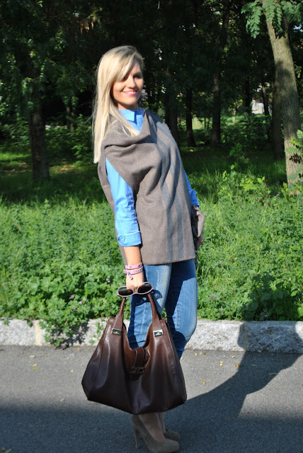 outfit camicia azzurra abbinamenti camicia azzurra come abbinare la camicia azzurra outfit camicia blue shirt how to wear blue  shirt  blue shirt outfit outfit ottobre 2015 outfit autunnali casual mariafelicia magno fashion blogger color block by felym fashion blog italiani fashion blogger italiane blogger di moda ragazze bionde blondie blonde hair bionda casual fall outfit