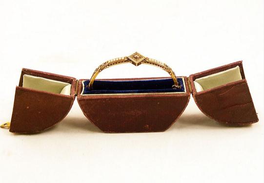 http://www.rubylane.com/item/669694-3994/15K-Solid-Gold-Etruscan-Revival