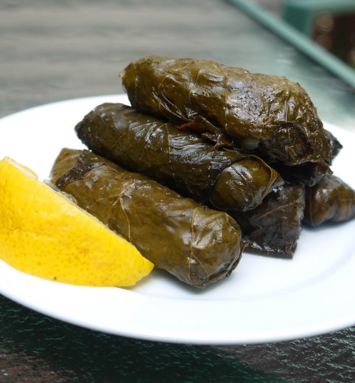 Bint rhodas kitchen how to make palestinian rolled grape leaves tutorial how to roll grape leaves forumfinder Gallery