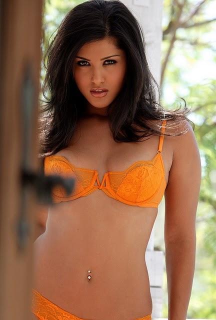 http://4.bp.blogspot.com/-HD9Fx18q5cU/TjztmbdacTI/AAAAAAAABxw/QCLGLxA42qE/s640/Sunny+Leone+bikini+pictures+4.jpg