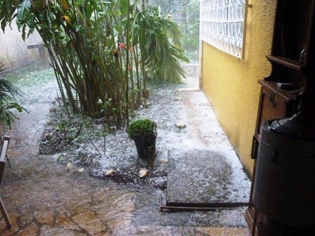 Chuva de granizo em Belisário