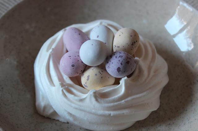 easter mini egg meringue