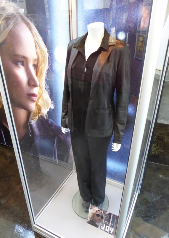 Jennifer Lawrence Joy film costume