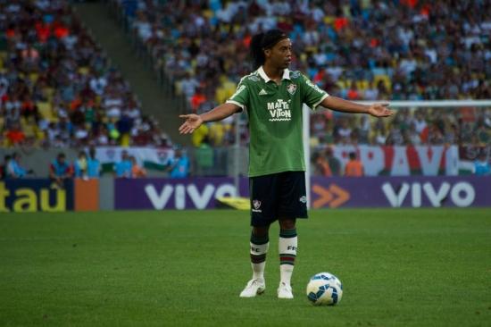 Ronaldinho Gaúcho não conseguiu ajudar Fluminense contra o Atlético-MG