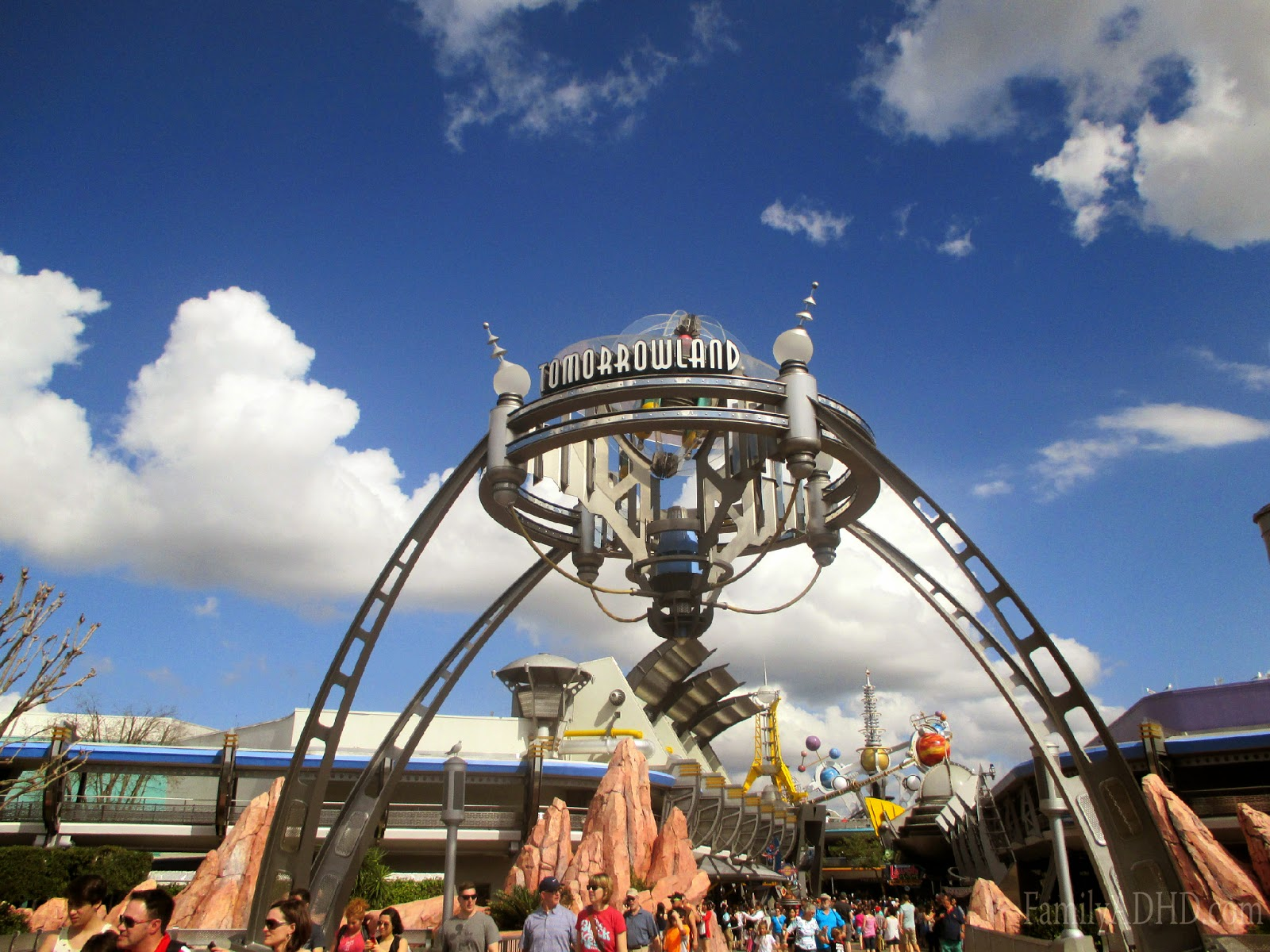 orlando family travel guide 2015 tomorrowland tips & review