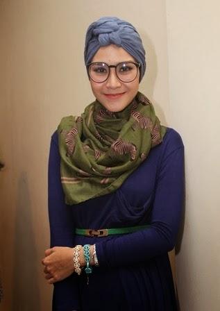 Tips Hijab ala Zaskia Adya Mecca