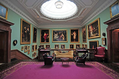Hall The Garrick Club