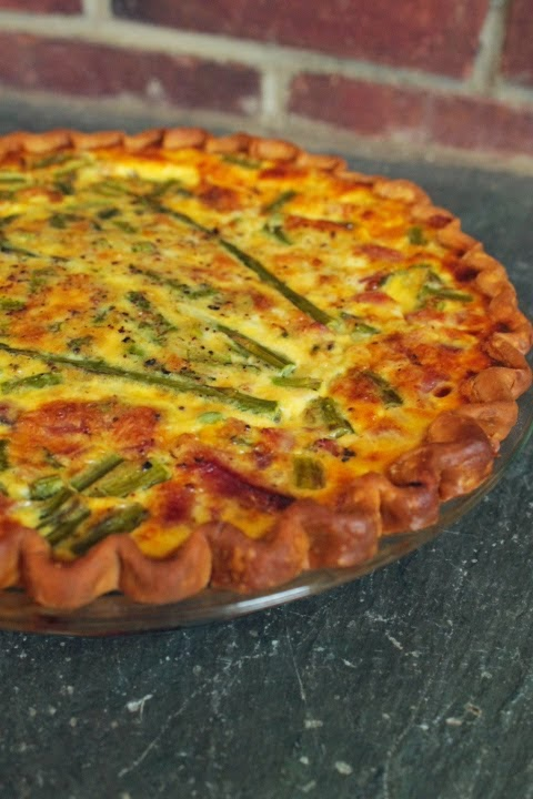 Most Viewed Recipe of the Week | Ham and Asparagus Quiche from Life on Food #SecretRecipeClub #quiche #spring #recipe #egg #ham