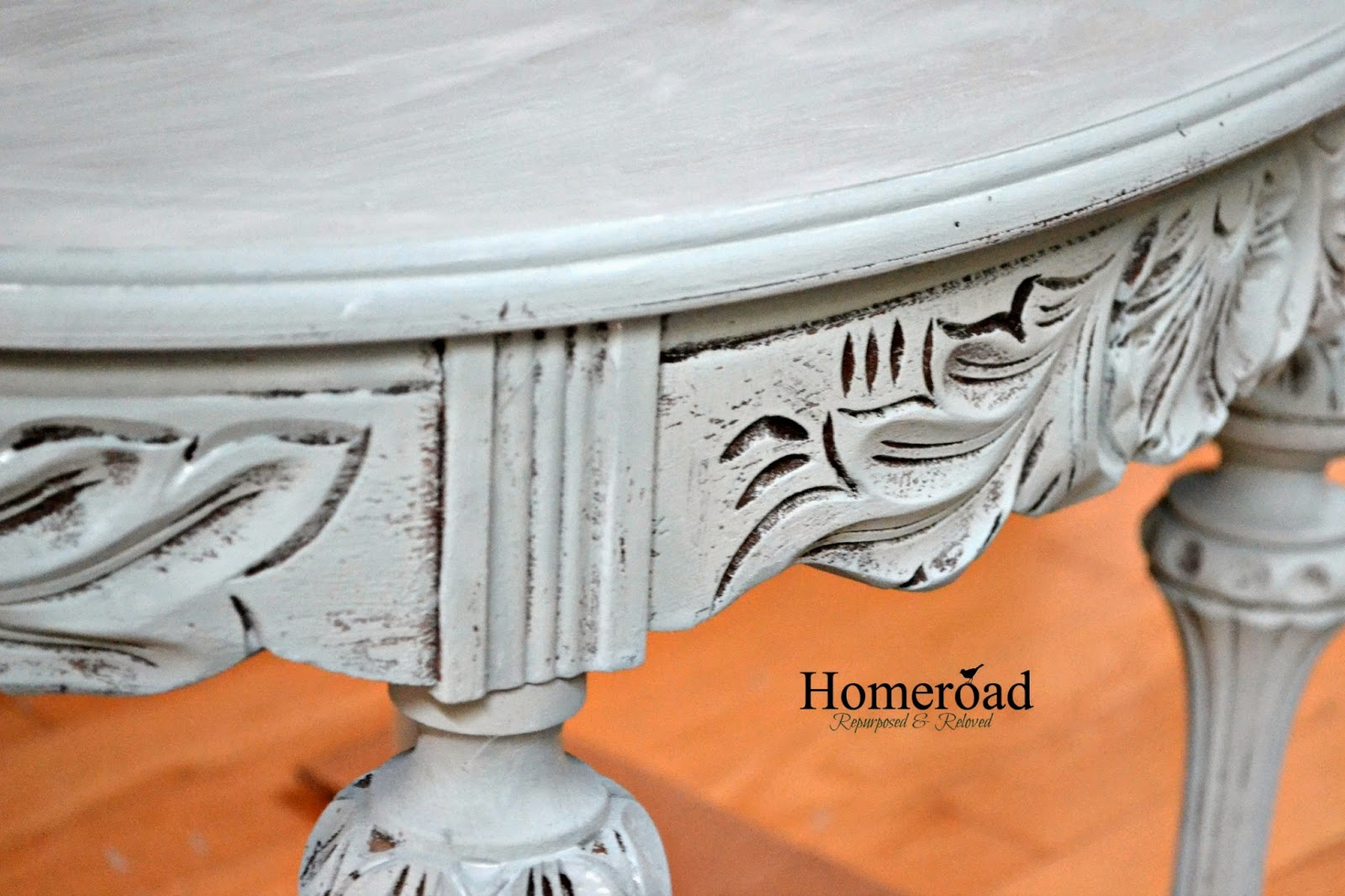 saving-a-carved-table-from-the-dumpster www.homeroad.net