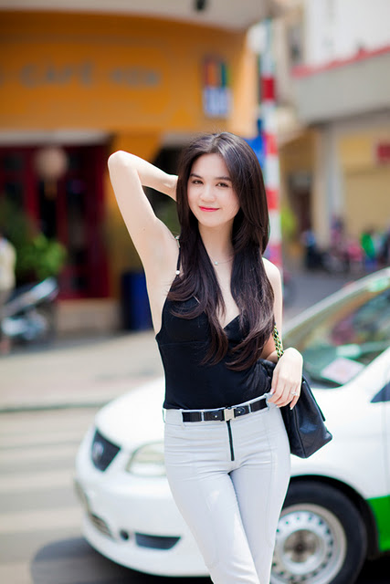 Vietnamese Hot Model Ngoc Trinh