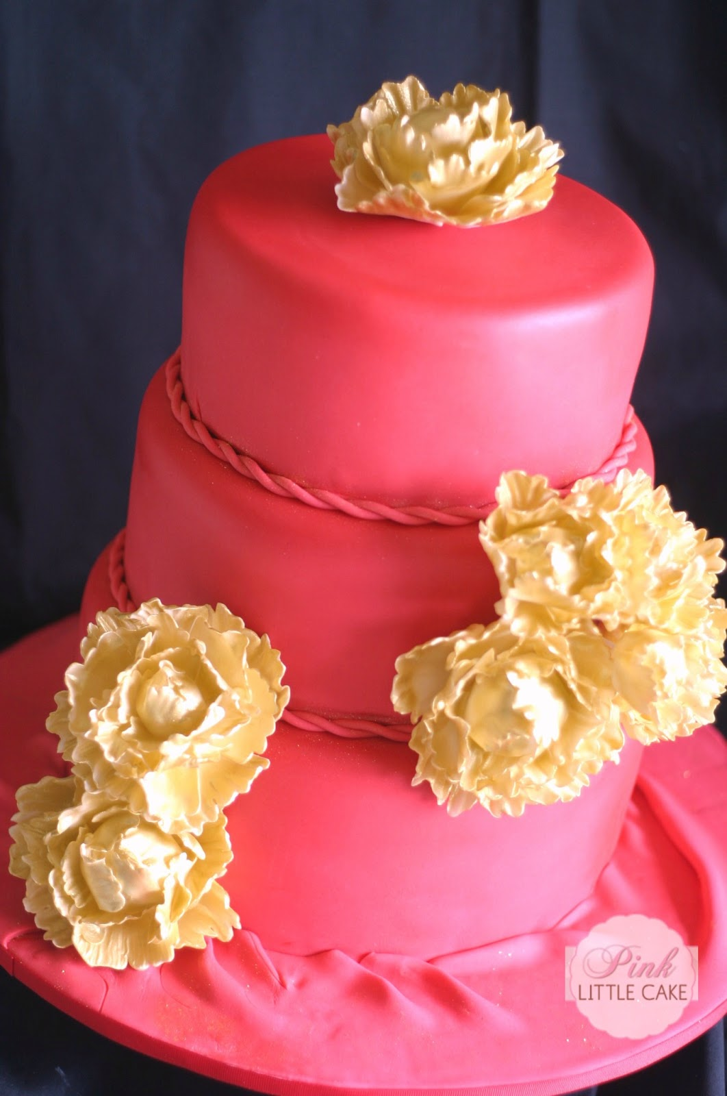 Pink Little Cake Red Birthday Cake With Gold Peonies
