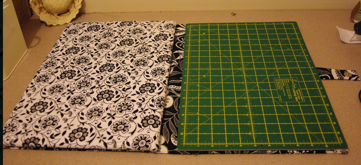 Nice Quilting Cutting Mat + Ironing Board Combo