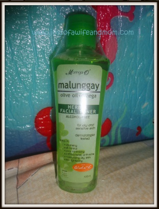 Sample Room Product Review: Moringa O2 Malunggay Herbal Facial Toner