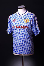 1990-92 Manchester United Away Shirt
