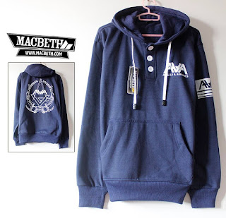 Jaket Macbeth Ava