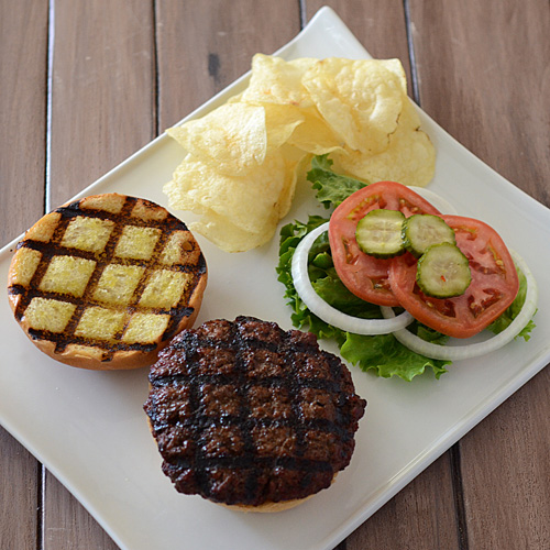 burger with grill marks, grilled burger, burger platter