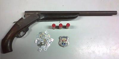 Ronda prende acusado de homicídio com espingarda cal. 12
