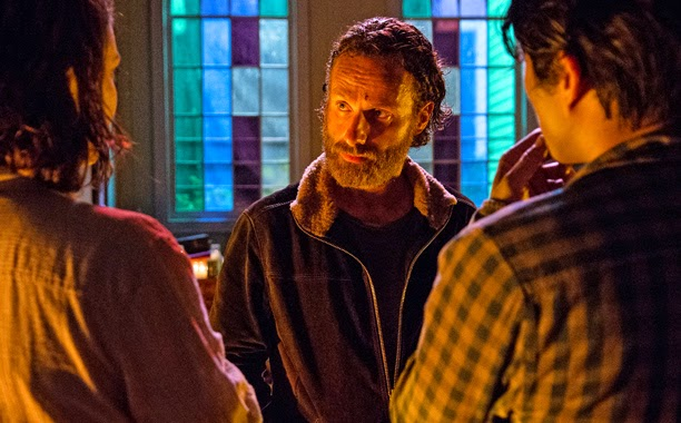 The Walking Dead Recap: 'Four Walls and a Roof'