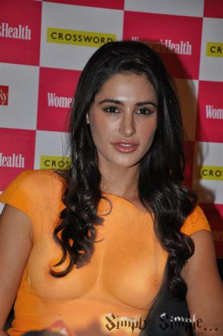 nargis fakhri boobs visible   480 480 0 64000 0 1 0