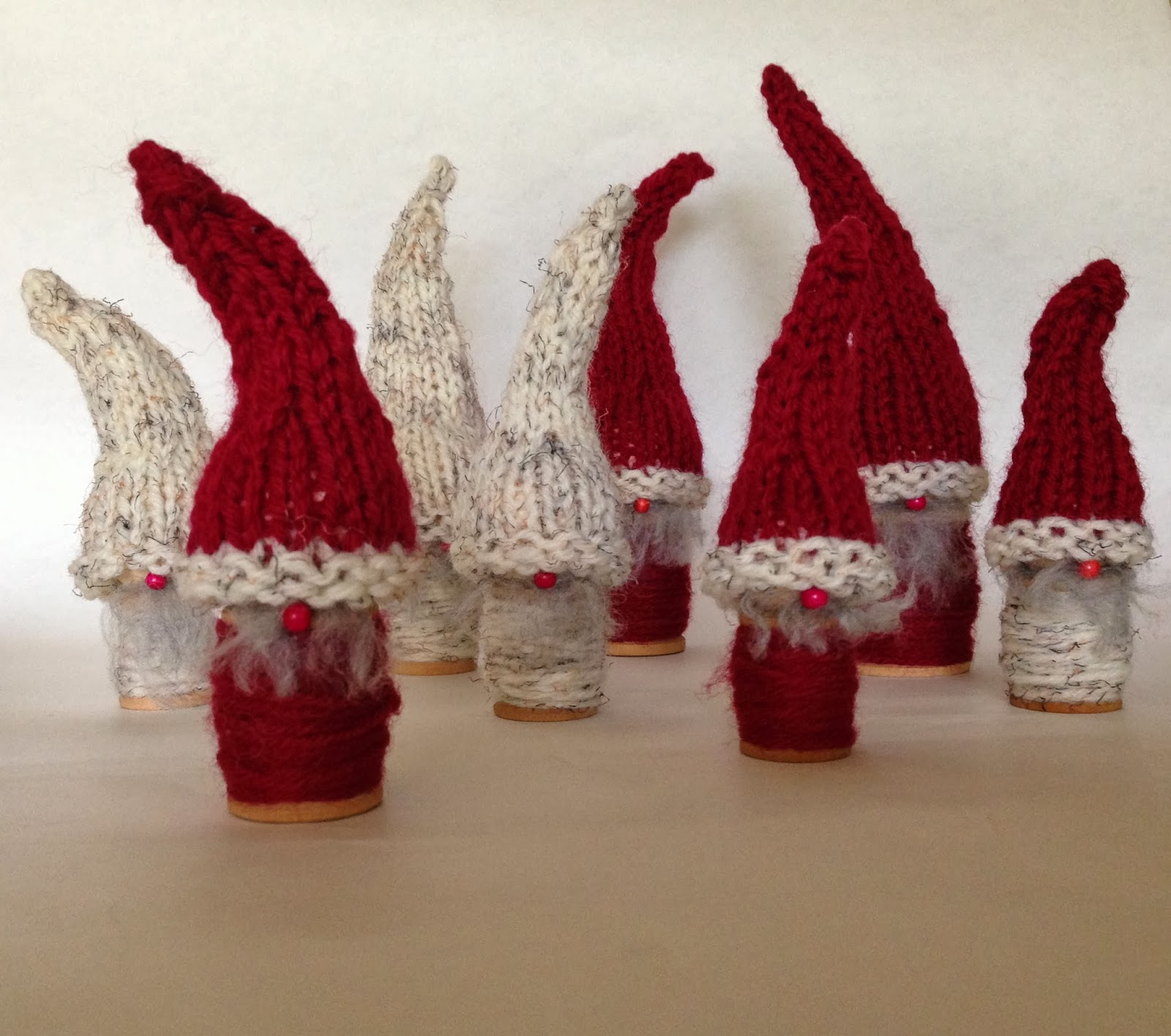 Christmas Gnome Knitting Pattern : Woodland Elves - Knitionary