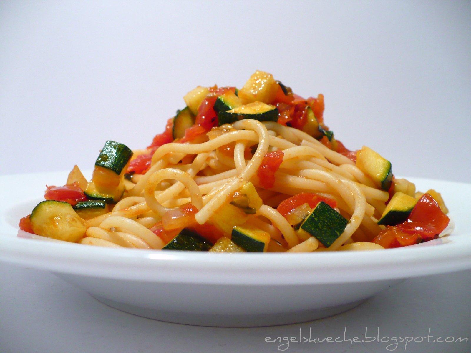 Essen aus Engelchens Küche: The Vegetarian Diaries\' Spaghetti mit ...