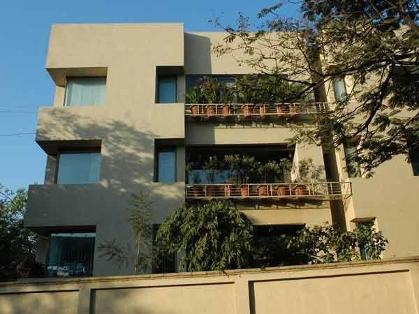 Amitabh bachchan house prateeksha photos indian cinema gallery - Amitabh bachchan house interior ...