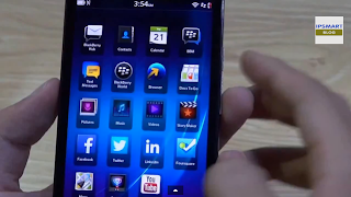 On Hand Blackberry Z30 smartphones