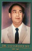 gambar-foto pahlawan kemerdekaan indonesia, Dr.SAHARJO