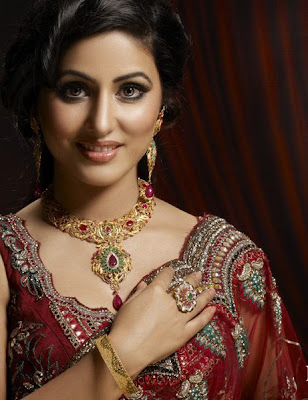 Hina Khan Height and Weight and Age