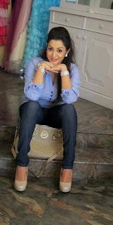 Kaushalya Madhavi Wickramasinghe blue jeans