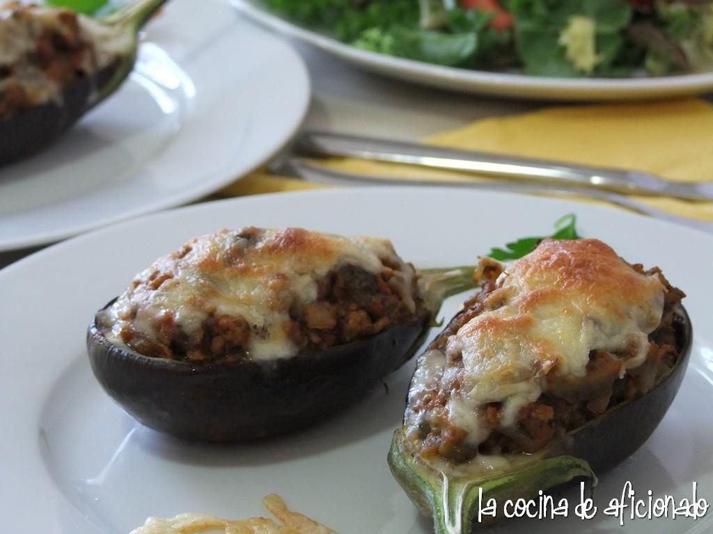 La cocina de aficionado berenjenas rellenas de carne picada for Cocina berenjenas rellenas