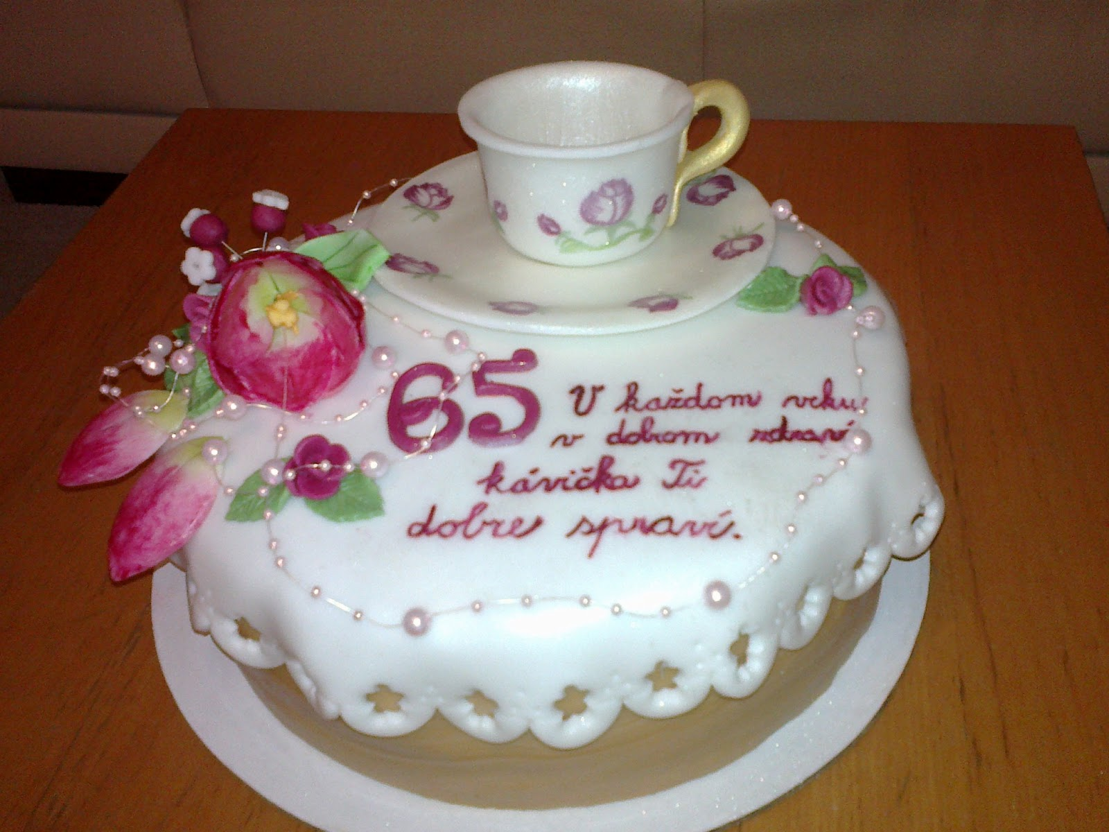Torta so šálkou 2