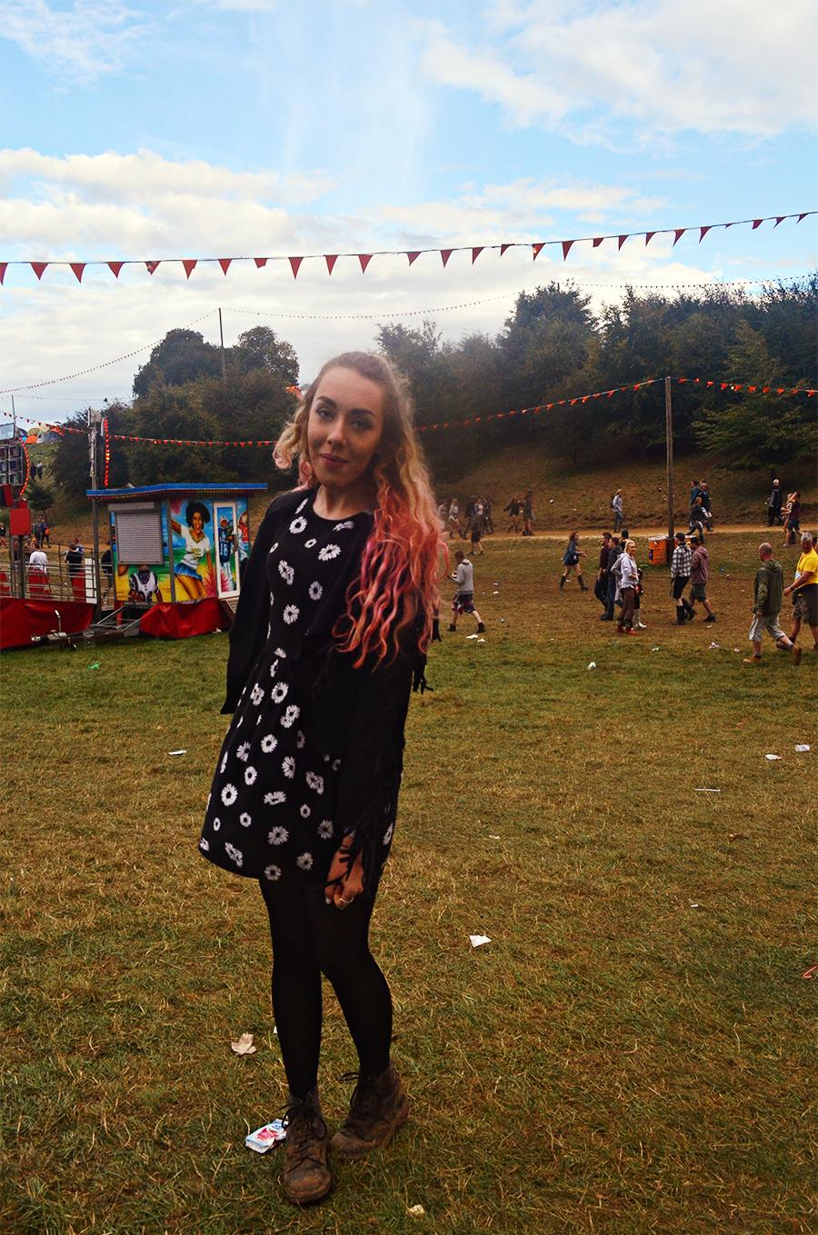 UK Fashion Blogger - Stephi LaReine // Leeds Festival 2014 - Tassel Jacket, Motel Floral Dress, Doc Martens